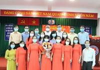 Chi bộ trường THCS Đoàn Thị Điểm kết nạp đảng viên mới