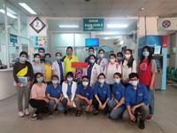 Tổ chức khám sức khoẻ cho nữ sinh viên Lào, Campuchia