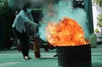 Phường Tập huấn công tác phòng cháy chữa cháy cho thành viên tổ bầu cử