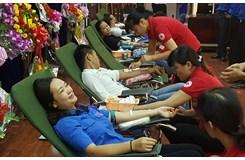 Thanh niên tình nguyện phường 1 hiến máu tình nguyện